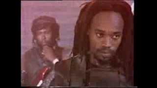 Black Uhuru ~ Solidarity (Official Reggae Video)
