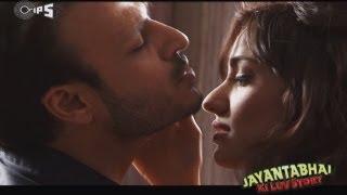 Romance from Jayantabhai Ki Luv Story - Behind The Scenes -  Vivek Oberoi & Neha