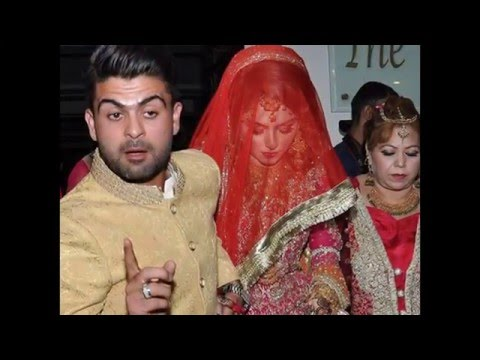 Pakistani Cricketers with their beautiful wives