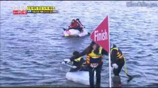 Running man funny scene | Kwang soo throws himself into the water | [ENG SUB]