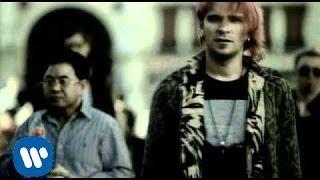 Video - Papieros [Official Music Video]