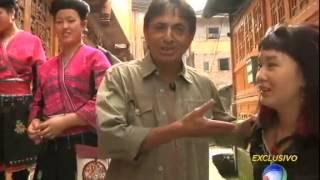 Vila das mulheres de cabelos compridos - Domingo Espetacular - (19/05/2013)