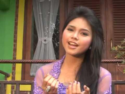 Yusti Novyanti - Aduh Manis