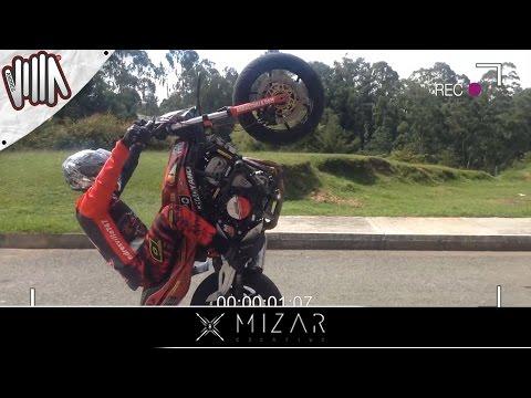 ¿Como hacer un Wheelie Tutorial Stunt Parte 1 Andres Villa 747