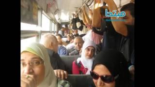 «أم مصرية» تفضح إخواني فى اتوبيس عام ..وتقود مظاهرة ضده