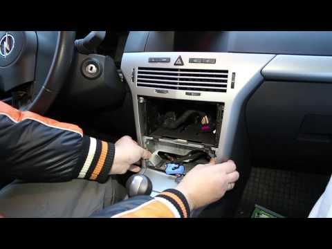 Разборка па� ели приборов Opel Astra H