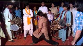dhol break dance by bagoo.flv
