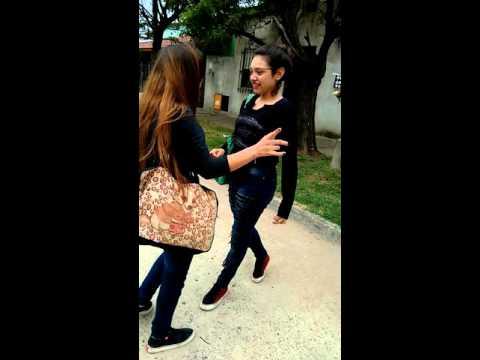 Chicas bailando Socia Culisueltas .