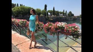 Lara in Italy lake of garda walking in 7 inch platform sandals high heels Plateau 17,5 cm mini dress