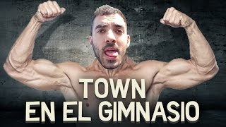 TOWN EN EL GIMNASIO | iTownGamePlay