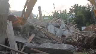 Three-storey building collapses in Accra; one dead, 13 rescued