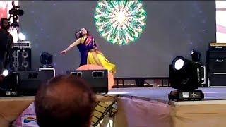 বৃষ্টিরে বৃষ্টি আয়না জোরে ।। Bristy Re Bristy Ay Na Jore।।Salman Shah, Shabnur।। LIVE Dance in FDC