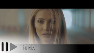Lora - Arde (Official Video)