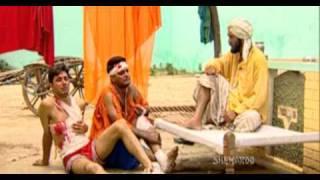Top Comedy Scene - Discordant Singers Get Beaten - Family 422 - Gurchet Chittarkar