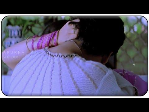 Nagarjuna Liplock With Anshu || Manmadhudu Movie || Sonali Bendre