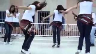 لوحة تركية راقصة تستحق المشاهدة