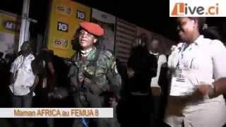 LIVE.CI / MAMAN AFRICA se fait plaisir sur le son de RAS GOODY BROWN