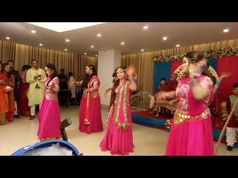 Sujana's holud dance performance by sisters !! 😍😍