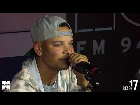 """Kane Brown - """"Chattahoochee"""" LIVE from Stage 17!"""