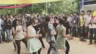Tamil College Girls Dance For Tamil Song | Funny Superb Video | Tamil Girls