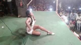 Koyaliya Gaati Hai Rain Dance By Girl कोयलिया गाती है बारिश में डांस करती लड़की