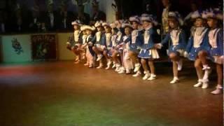 Die Kleinen Strolche der KG Ihnetal bei der Prinzeneinführung am 11.02.2012 im Ihnetal