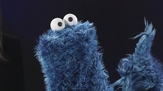 FUNNY! Cookie Monster Does His Best British Accent
