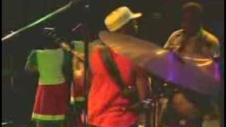 lucky dube war and crime live