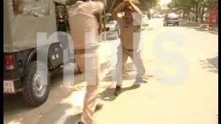 FIGHT BETWEEN INDIAN POLICE