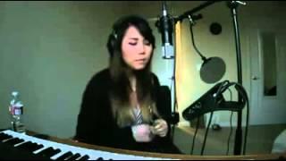 pessoas não famosa cantando.............menina fazendo batuque.