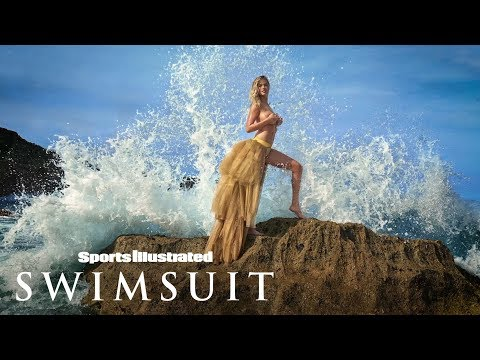 Xxx Mp4 Kate Upton Takes A Tumble Avoids Nip Slip For Majestic Photoshoot Sports Illustrated Swimsuit 3gp Sex