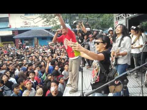 Senopati Reggae Roots feat Dellu Uyee
