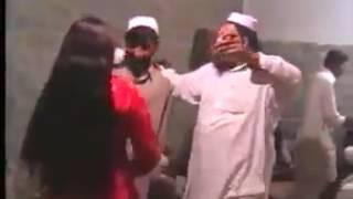 رقص دختر پشتون که با در گیری منجر شد