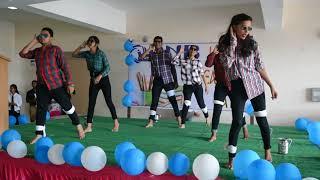 Amazing dance performance on Teacher