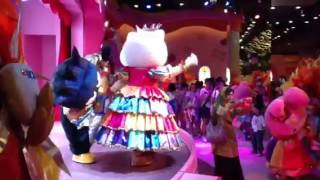 Hello Kitty Parade@Puteri Harbour Family Theme Park, Nusaja