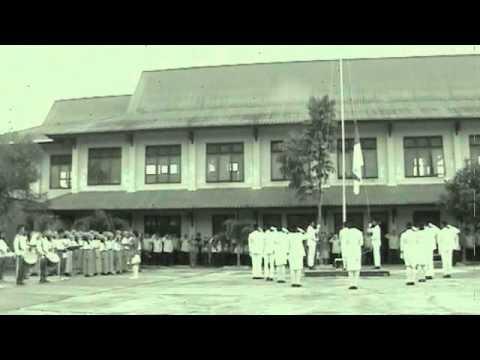 Upacara hari pendidikan nasional SMK N 1 Entikong