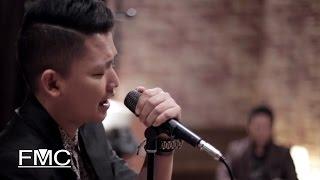 OST Sekali Aku Jatuh Cinta | - Selasa Band - Tetap Dirimu (Acoustic)