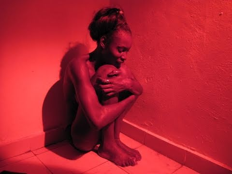 Xxx Mp4 Prédateurs Sexuels Sur Internet « La Toile » Un Film De Global Dialogues English Subtitles 3gp Sex