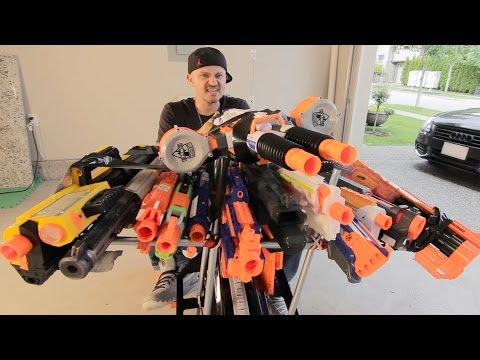 NERF BATTLE RACER vs BOOMCO BLASTER BUGGY 2 Nerf War
