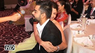 Anushka & Virat Share a Romantic Hug in Public