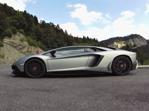 Essai Lamborghini Aventador SV LP 750 4 dans les Alpes