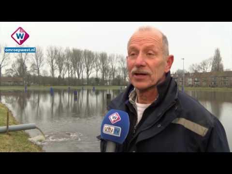 Kijk terug: IJsmeester zet weiland Voorschoten onder water, gemeente weet van niets