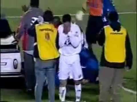 Morte in campo di giocatori di calcio