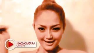 Siti Badriah - Brondong Tua - Official Music Video NAGASWARA