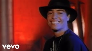 Chayanne - Este Ritmo Se Baila Así (Video)