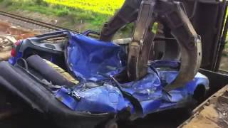 Scrap car processing , incredible car crushing and destroying, you must to see it!