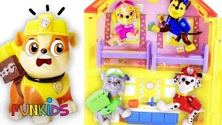Paw Patrol Skye & Chase Magical Doll House with Romeo!
