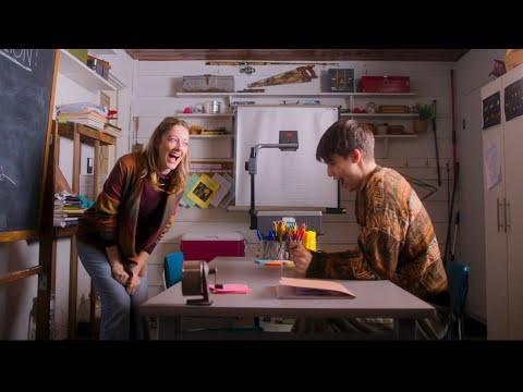 Adventures In Public School OFFICIAL International Trailer (2018) Judy Greer
