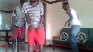 Party Pipo introducing kabalabasi dance