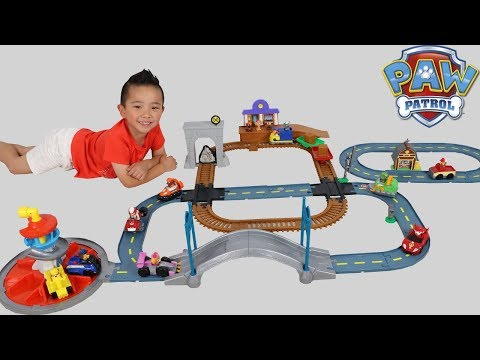PAW PATROL Mega Roll Patrol Track Set 3 In 1 Lookout Tower Railway Barn s Rescue Ckn Toys